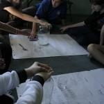 """Warsztat """"Między czarnym a zielonym"""" - uczniowie eksperymentalnie otrzymali dwutlenek węgla."""