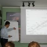 Marcin Popkiewicz prezentuje kwestię zużycia energii w kontekście wartości PKB.